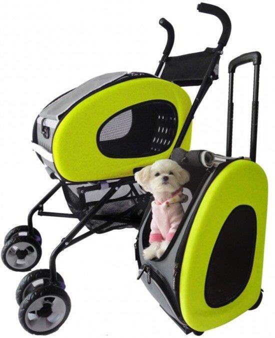 Plaatje van de groene variant van de Innopet Hondenbuggy 5 in 1, met kleine hond
