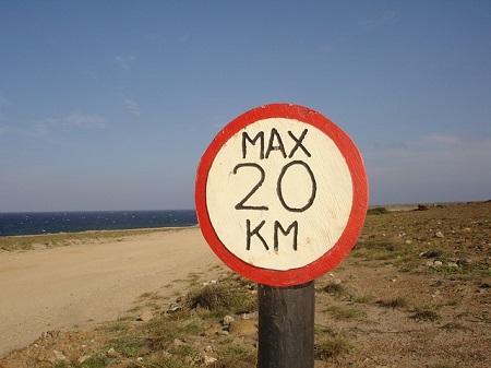 Afbeelding van verkeersbord met snelheid maximaal 20 kilometer