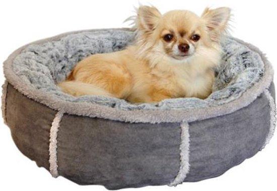 Afbeelding van kleine Rosewood Donut mand met hondje erin